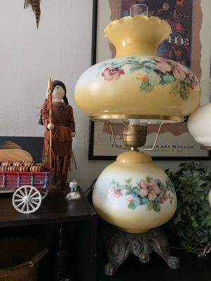 Vintage gone with the wind lamp for Sale in Northwest Plaza, MO