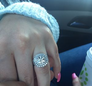 Ring for Sale in Glenmont, NY