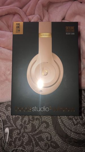 Beats by dre studio 3 wireless for Sale in Levittown, PA