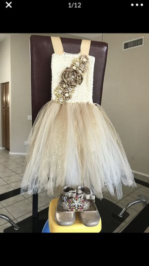 Girls Tutu Dress Shoes And Crown Shoes Size 13 Dress Size 5-6 Toddler Shiny Gold for Sale in Cincinnati, OH