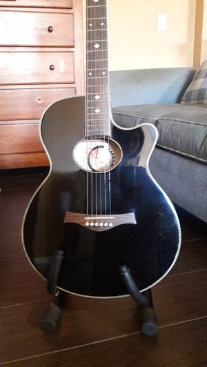 Concert Body Acoustic Guitar Black for Sale in Costa Mesa, CA