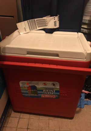 Ice cooler for Sale in Malden, MA