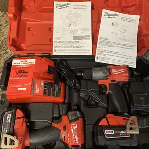 Milwaukee M18 Fuel Impact & Hammer Drill Kit for Sale in Houston, TX