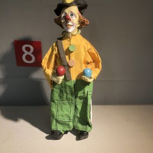 COLORFULL CLOWN for Sale in Cliffside Park, NJ