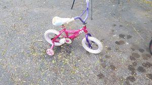 """12"""" princess bike for Sale in Granite City, IL"""