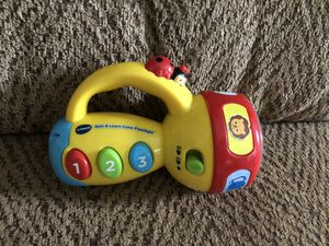 Vtech spin and learn color flashlight for Sale in St. Peters, MO