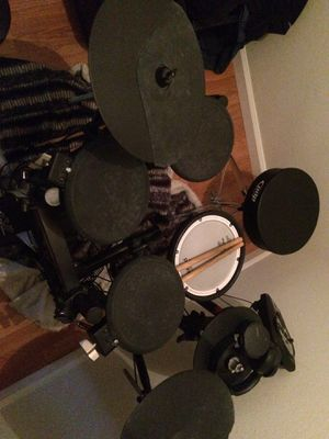 Roland TD11 E-Kit for Sale in Lawndale, CA
