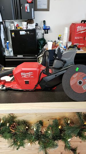 Milwaukee M18 fuel one key cut off saw for Sale in Huntington Beach, CA