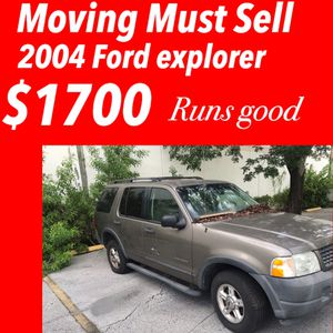 2004 Ford Explorer MOVING MUST SELL for Sale in Lauderdale Lakes, FL