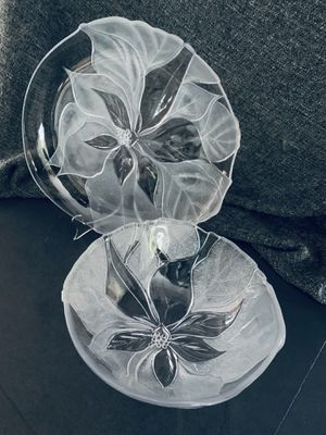 VINTAGE MIKASA Holiday 1980's Collection Large Glass Bowl & Platter Set for Sale in Miami, FL