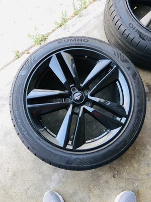 Mustang Rims & Tires for Sale in Bell Gardens, CA