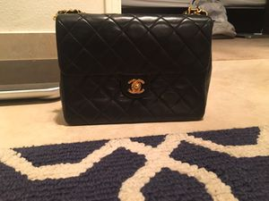 Chanel Classic Black Leather Bag for Sale in Los Angeles, CA
