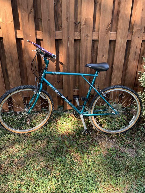 Gt Vintage Talera 26in Men's mountain bike