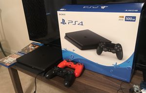 Ps4 like new , 2 joystick, 2 game for Sale in Orlando, FL