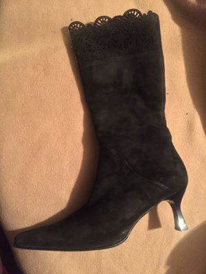 Suede Womens boots size 7 for Sale in Goodyear, AZ