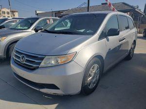 2011 Honda Odyssey for Sale in Bloomington, CA