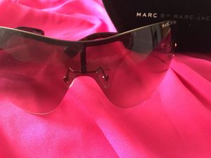 Authentic MARC BY MARC JACOBS sunglasses for Sale in White Mountain Lakes Estates, AZ