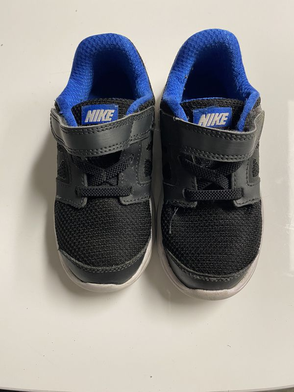 Toddler Nike size 9c