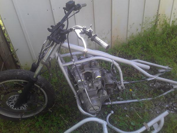 1981 Suzuki Motorcycle frame, engine, & parts