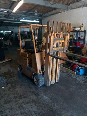 Caterpillar 4000lb Forklift for Sale in Norfolk, VA