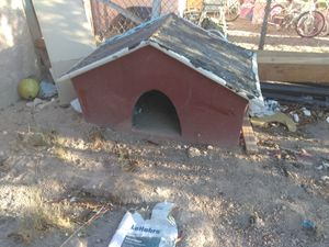 Dog house for Sale in North Las Vegas, NV