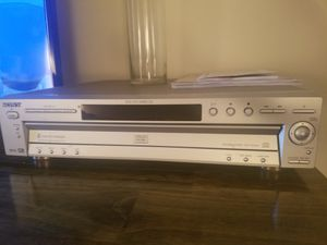 Cd/DVD player. 5 disc SONY for Sale in Wyncote, PA