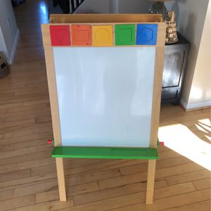 Crate And Barrel Multipurpose Easel- Chalk Board / White Board/Painting Drawing Paper Roll for Sale in Manassas, VA