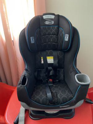 Graco extend2fit car seat for Sale in Los Angeles, CA