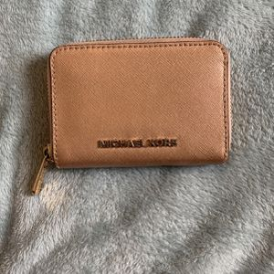 Rose Gold Michael Kors Wallet for Sale in Miami, FL