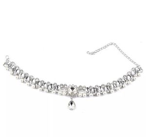 Crystal & Pearl Necklace for Sale in Turlock, CA