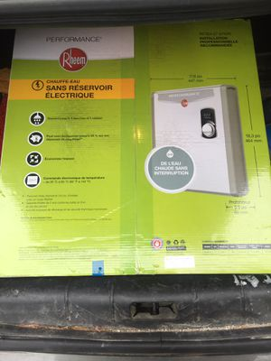 Continuous tankless hot water heater for Sale in Tacoma, WA