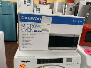 DAEWOO microwave for Sale in Orange, CA
