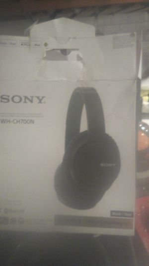 Sony wh_ch700n Wireless noise cancelling stereo headset for Sale in Sacramento, CA