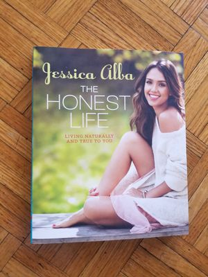 The Honest Life by Jessica Alba Paperback great condition for Sale in ROXBURY CROSSING, MA