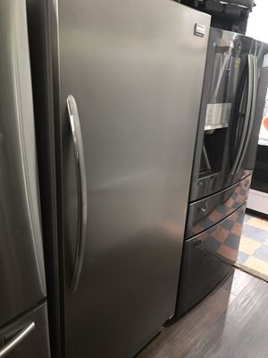 REFRIGERATOR STAINLESS STEEL NO FREEZER for Sale in La Habra, CA