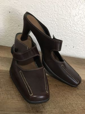 Women's Aerosoles Heels (Size US 8) for Sale in Fresno, CA