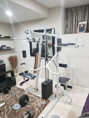 Home gym. for Sale in Chicago, IL