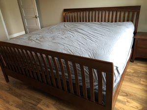 King size Bed headboard & footboard plus 2 FREE nightstands for Sale in Irvine, CA