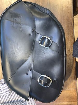 Harley Davidson Detachable Leather Saddlebag (R) for Sale in Gig Harbor, WA