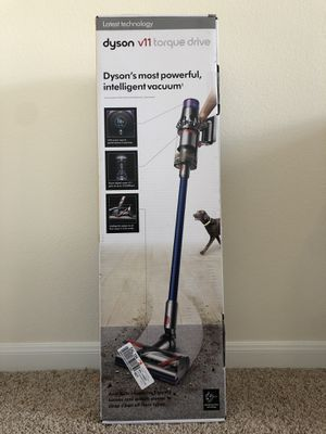 Dyson V11 Torque drive vacuum NEW for Sale in Houston, TX