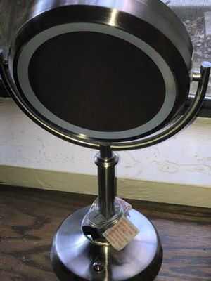 Circle mirror with lights makeup cosmetic vanity for Sale in Bakersfield, CA