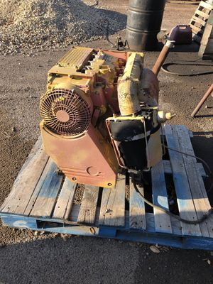 3 cylinder DUETZ with single stage hydraulic pump max. 2,500 psi. for Sale in Odessa, TX