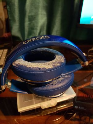 Beats Studio blue for Sale in Miami, FL