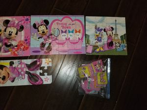 Minnie Mouse puzzles disney learning toys for Sale in Weston, FL