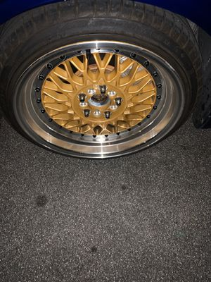 17 inch deep dish mesh rims for Sale in Riverside, CA