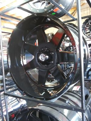 22X12 black hardcore rims 33X12.50R22 for Sale in Phoenix, AZ