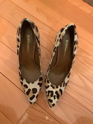 Leopard bcbg shoes . Hight heels . Size 7.5 for Sale in The Bronx, NY