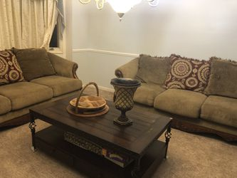 Sofas for Sale in West Bloomfield Township,  MI