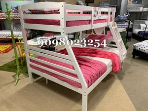 FULL/TWIN BUNK BEDS W MATTRESSES INCLUDE D for Sale in Jurupa Valley, CA