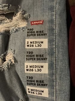 Levi's Women Skinny Jeans for Sale in Montebello,  CA